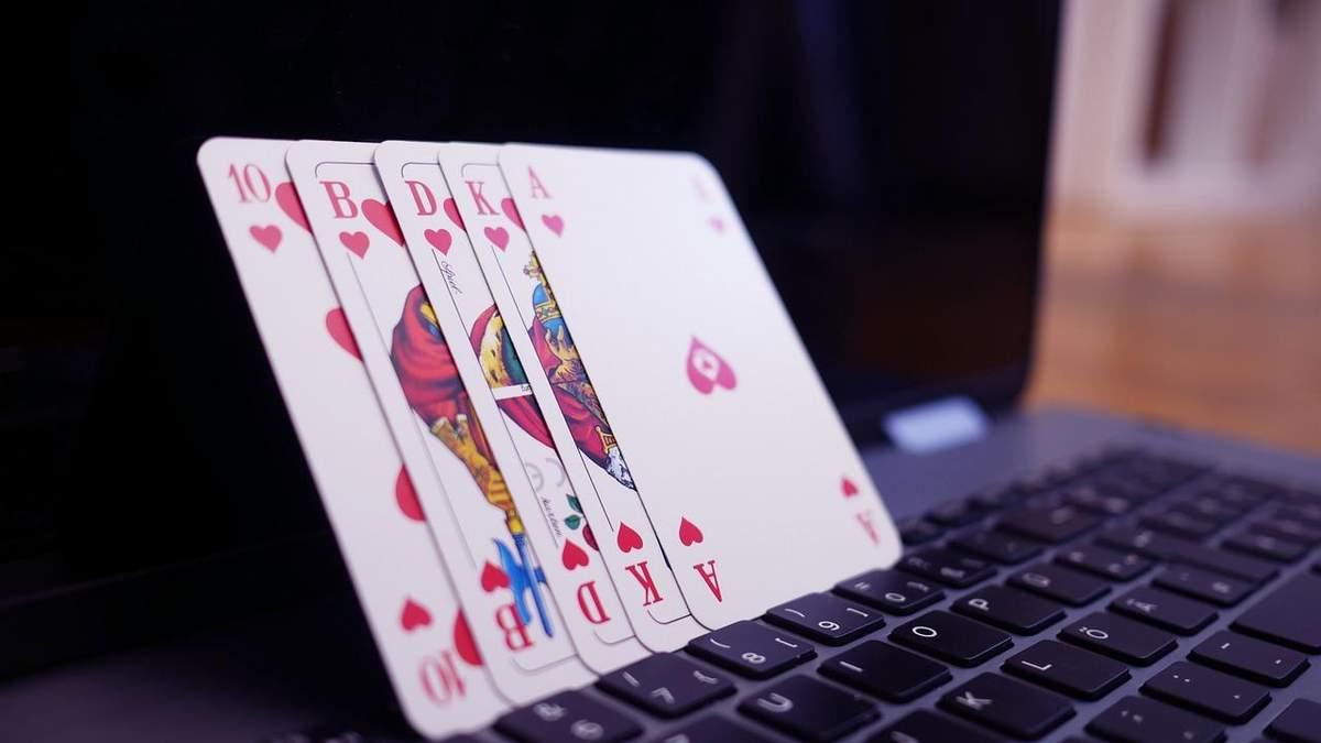 В онлайн-покере тоже есть свой этикет