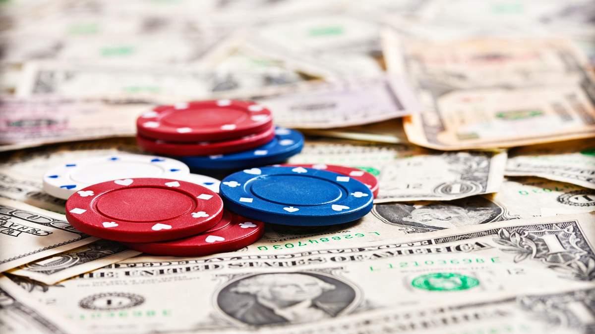 Украинцы зарабатывают на покере