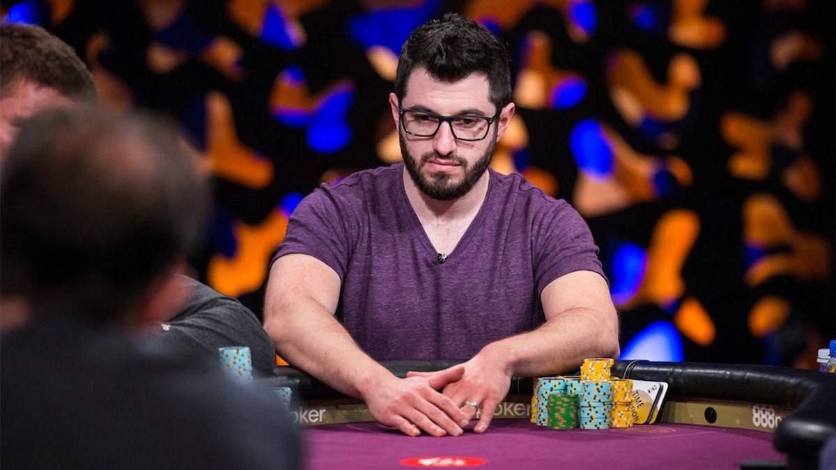 Гальфонд скорочує відставання в покерному матчі з Корнутом