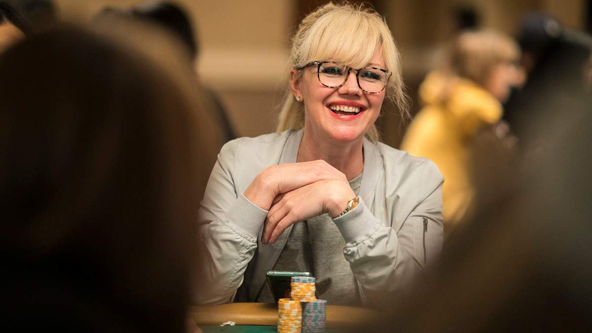 Жертви покерного шахрая відсудили в нього гроші
