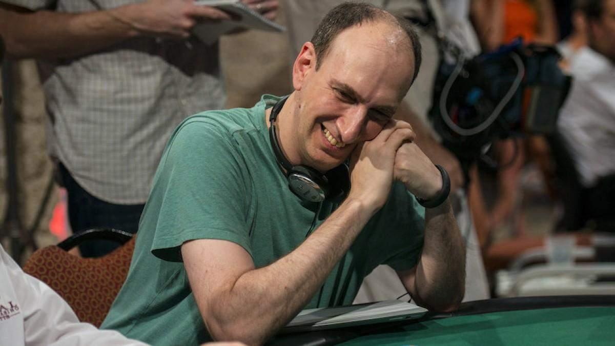 Приїхав на весілля доньки і виграв мільйон доларів: як Ерік Сайдел тріумфував на WSOP - Покер