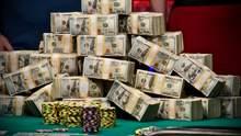 Звездные хайроллеры разыграли 1,8 миллиона долларов за финальным столом
