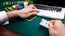 Украинец лидирует в турнире, где за победу дают почти 900 000 долларов