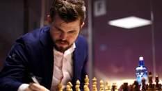 Покеристи зіграють в шахи проти чемпіона світу