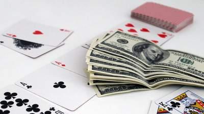 Американец заработал 737 тысяч долларов, раскрутившись почти с нуля в покерном турнире