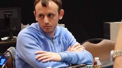 Покер под обстрелом: стример попал под бомбежку в прямом эфире