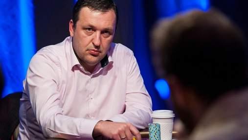 Екс-депутат Європарламенту виграв понад мільйон доларів у покерному турнірі