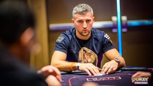 Чемпіон світу з боксу змагається за мільйон доларів у покерному турнірі
