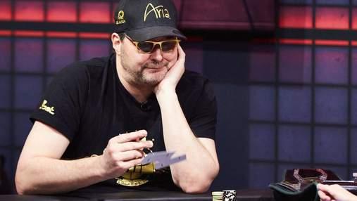 Легенду покеру продовжують дражнити: Хельмут вилетів із третьої фіналки на WSOP